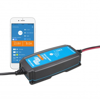 Blue Smart IP65 Acculader 12 volt 5 Ampere